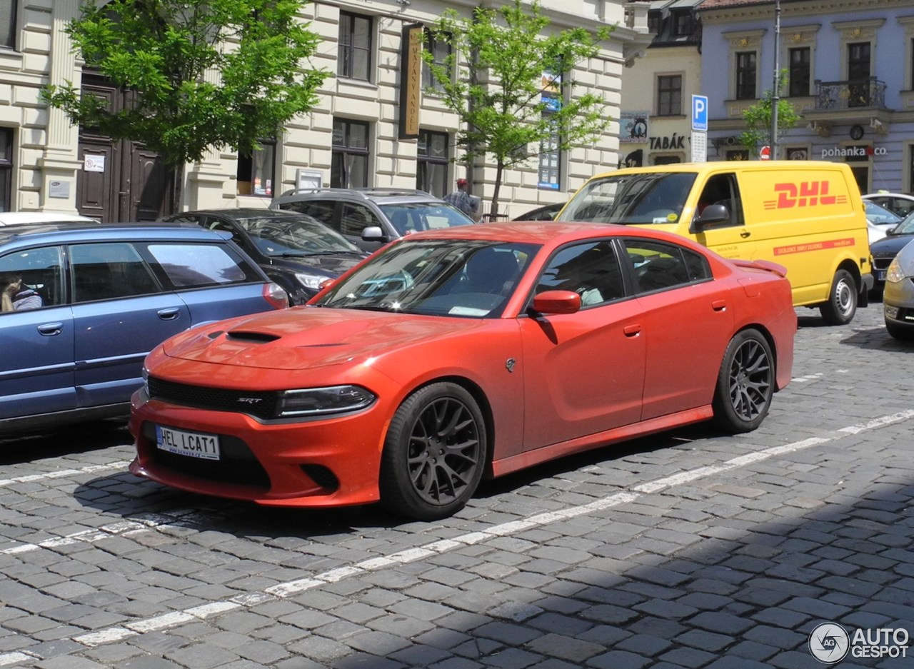 dodge charger srt hellcat 2015 25 may 2016 autogespot. Black Bedroom Furniture Sets. Home Design Ideas