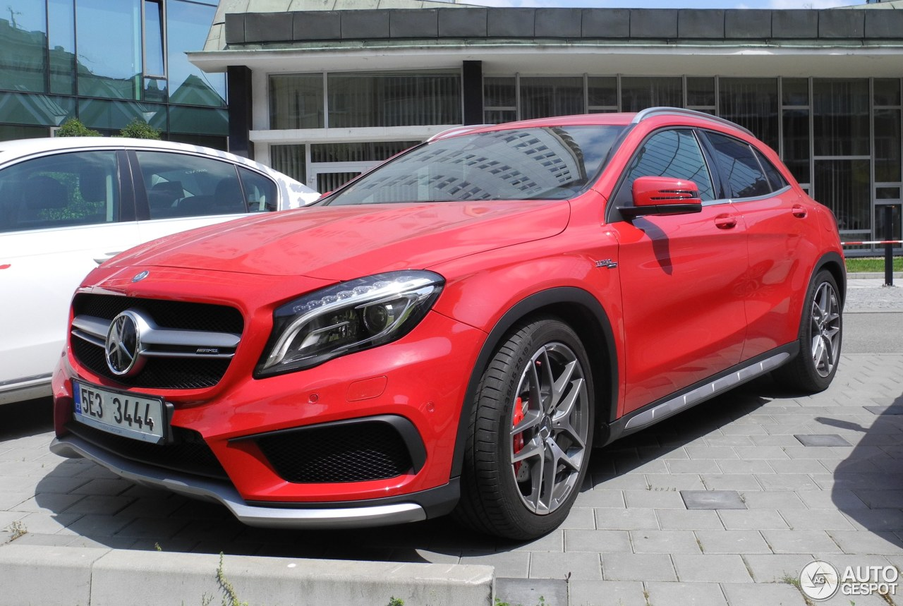 mercedes benz gla 45 amg x156 25 may 2016 autogespot. Black Bedroom Furniture Sets. Home Design Ideas