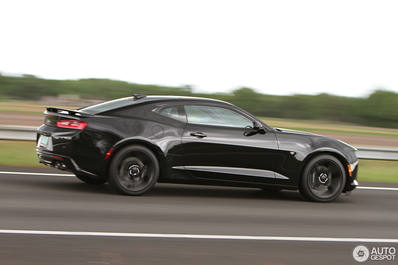 chevrolet camaro ss 2016 27 may 2016 autogespot. Black Bedroom Furniture Sets. Home Design Ideas