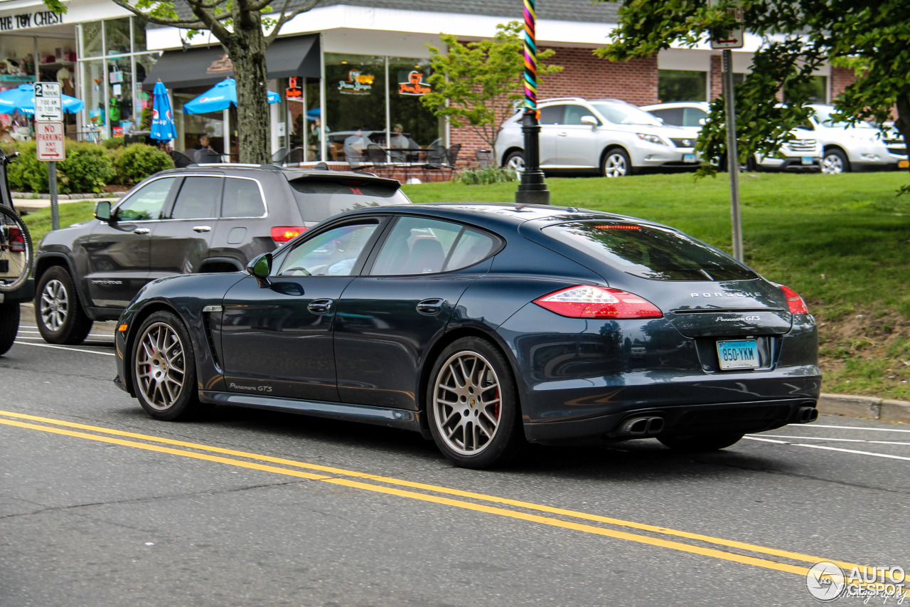 porsche panamera gts 27 may 2016 autogespot. Black Bedroom Furniture Sets. Home Design Ideas