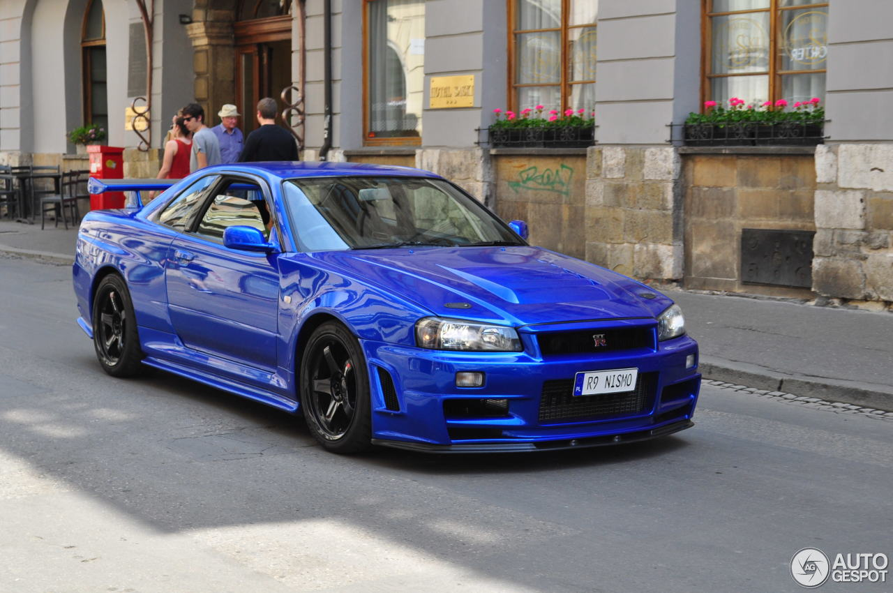 Nissan Skyline R34 Gt R V Spec Ii N 252 R 28 May 2016