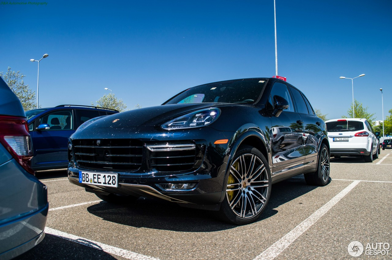 porsche 958 cayenne turbo s mkii 29 may 2016 autogespot. Black Bedroom Furniture Sets. Home Design Ideas