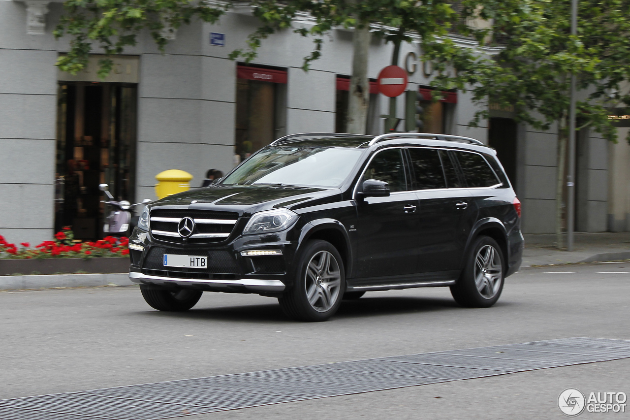 mercedes benz gl 63 amg x166 30 may 2016 autogespot. Black Bedroom Furniture Sets. Home Design Ideas