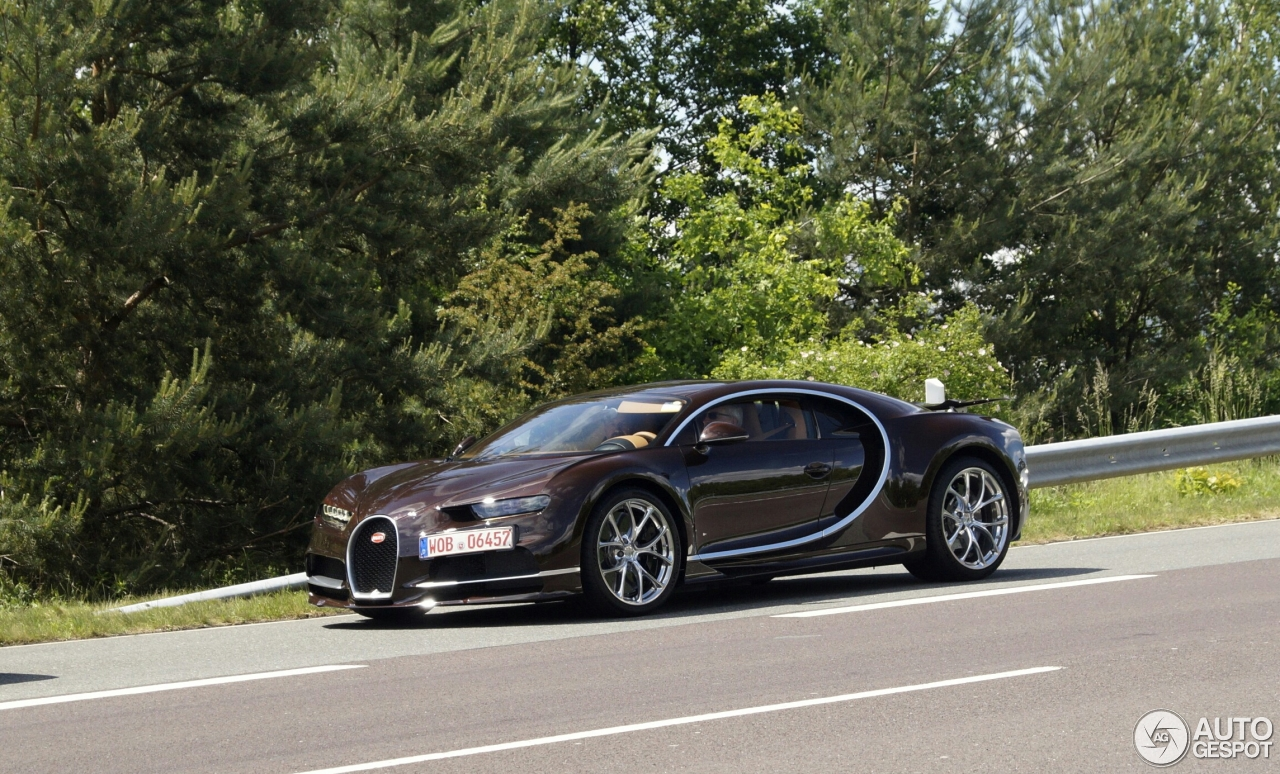 bugatti chiron 31 mai 2016 autogespot. Black Bedroom Furniture Sets. Home Design Ideas