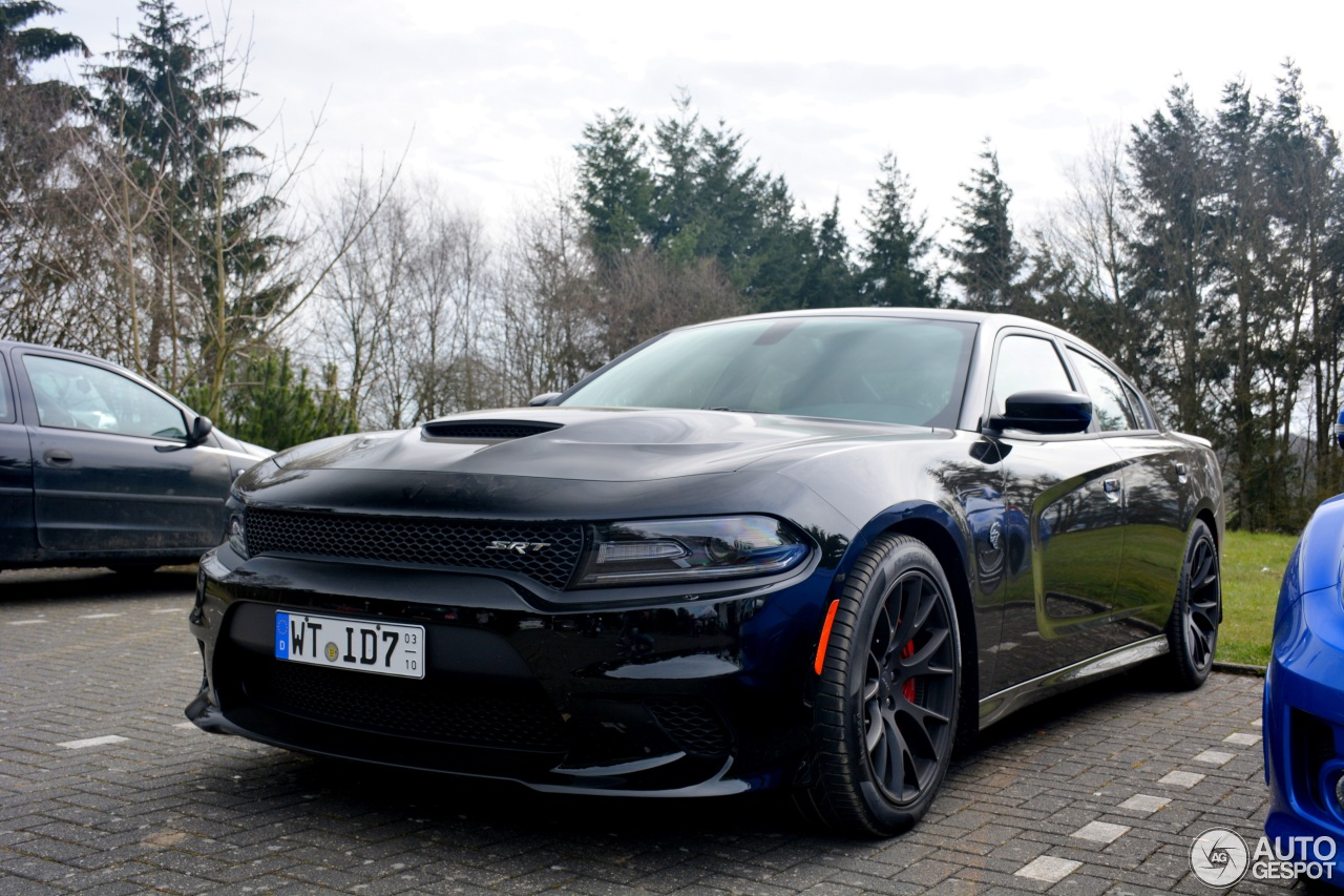 dodge charger srt hellcat 2015 1 june 2016 autogespot. Black Bedroom Furniture Sets. Home Design Ideas