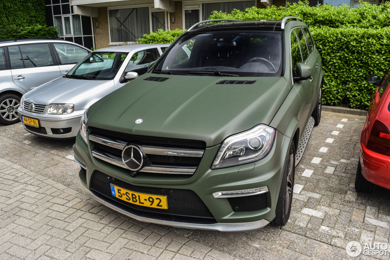 mercedes benz gl 63 amg x166 1 june 2016 autogespot. Black Bedroom Furniture Sets. Home Design Ideas