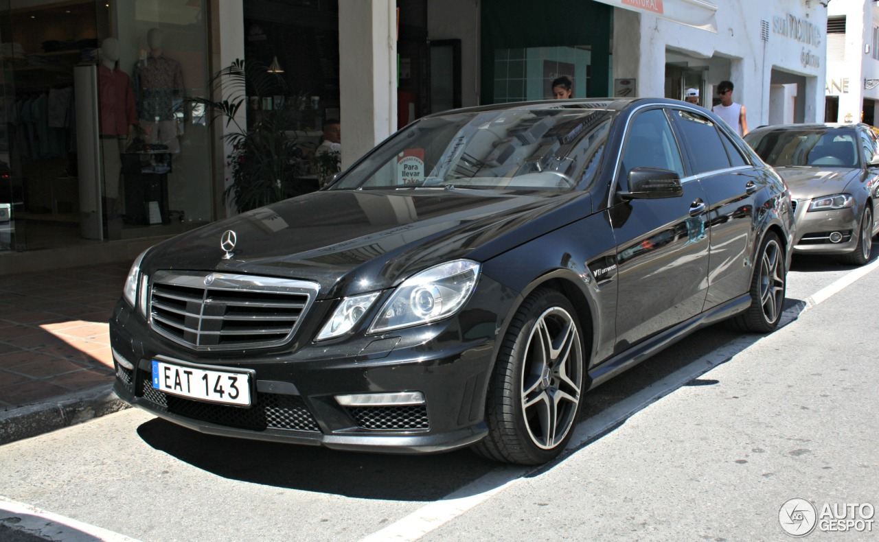 mercedes benz e 63 amg w212 v8 biturbo 2 june 2016 autogespot. Black Bedroom Furniture Sets. Home Design Ideas
