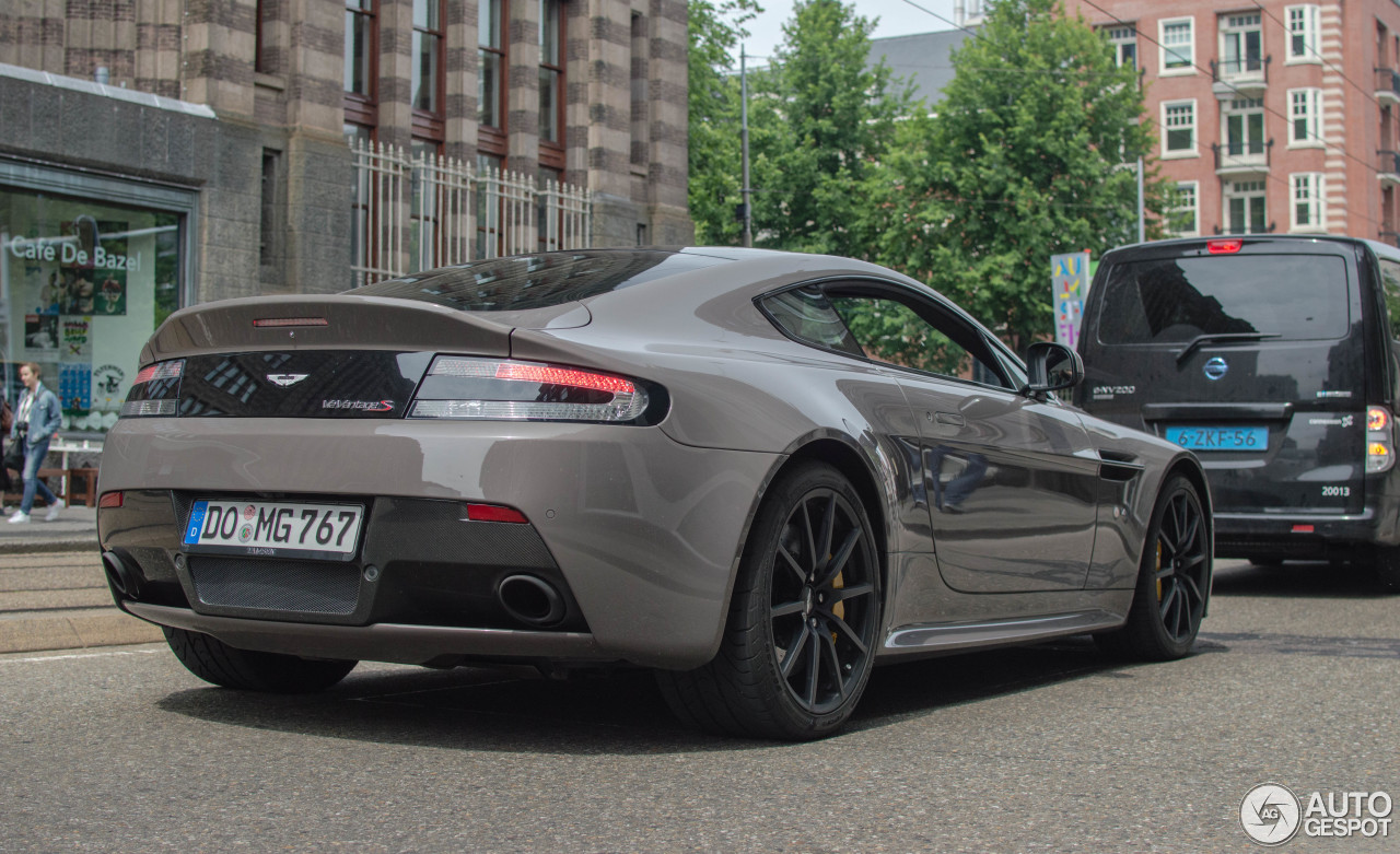aston martin v12 vantage s 11 june 2016 autogespot. Black Bedroom Furniture Sets. Home Design Ideas