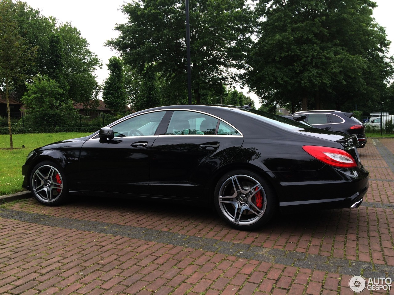 Mercedes benz cls 63 amg c218 14 june 2016 autogespot for Mercedes benz cls 63 amg price