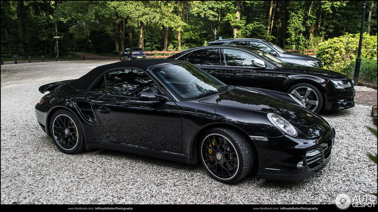 porsche 997 turbo s cabriolet 14 june 2016 autogespot. Black Bedroom Furniture Sets. Home Design Ideas