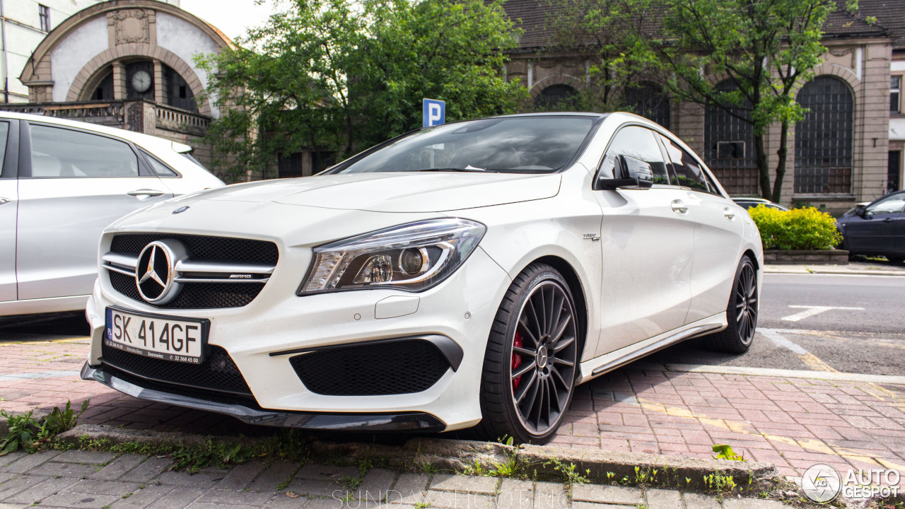 mercedes benz cla 45 amg c117 16 juin 2016 autogespot. Black Bedroom Furniture Sets. Home Design Ideas