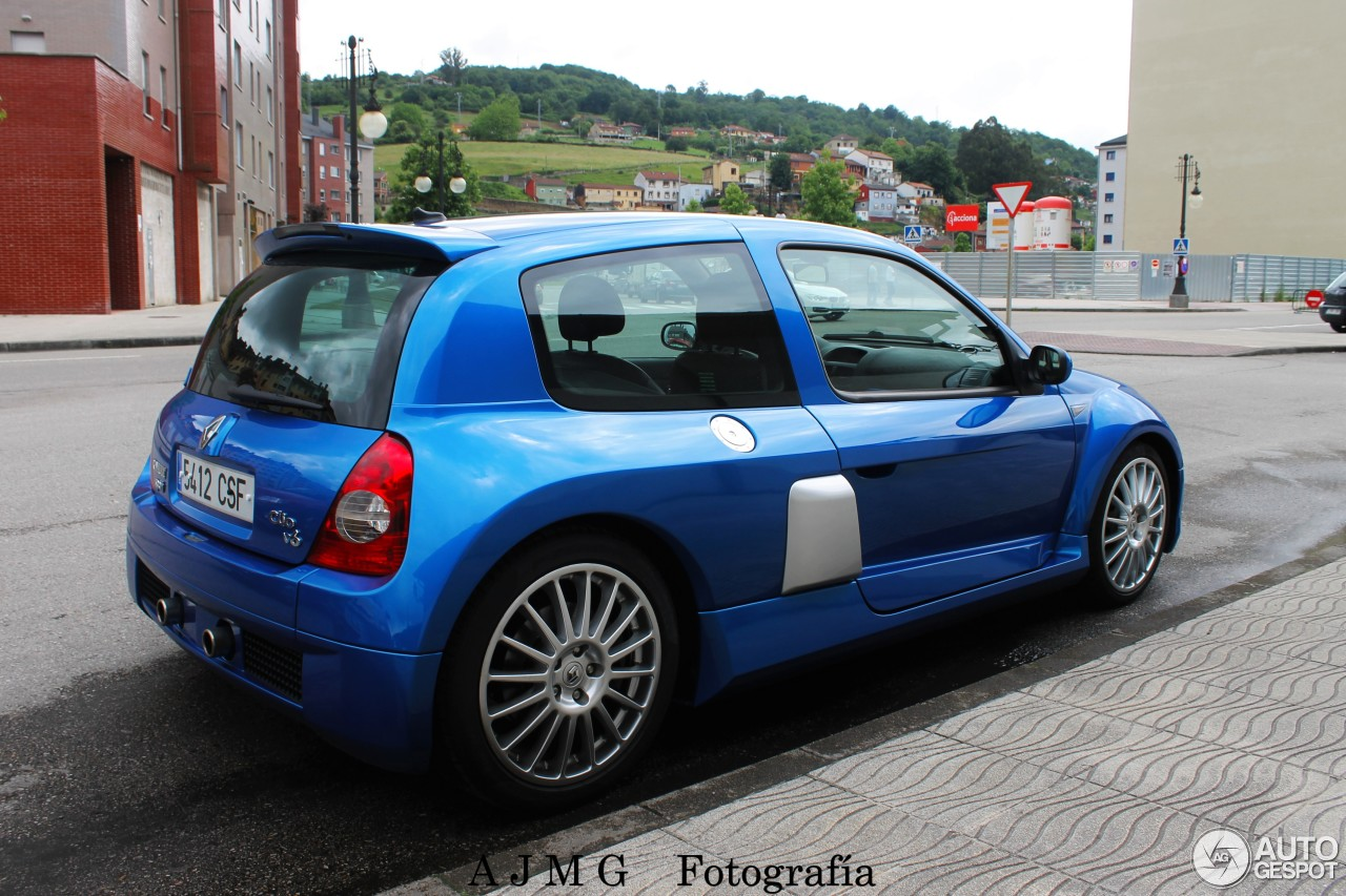 renault clio v6 phase ii 19 june 2016 autogespot. Black Bedroom Furniture Sets. Home Design Ideas