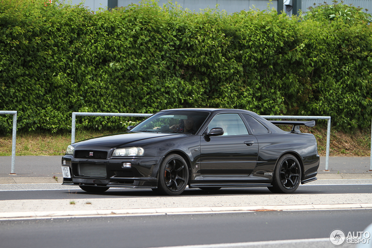 Nissan Skyline R34 22 June 2016 Autogespot
