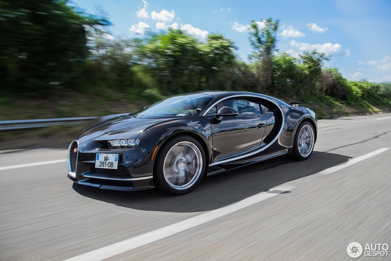 bugatti chiron 24 juin 2016 autogespot. Black Bedroom Furniture Sets. Home Design Ideas