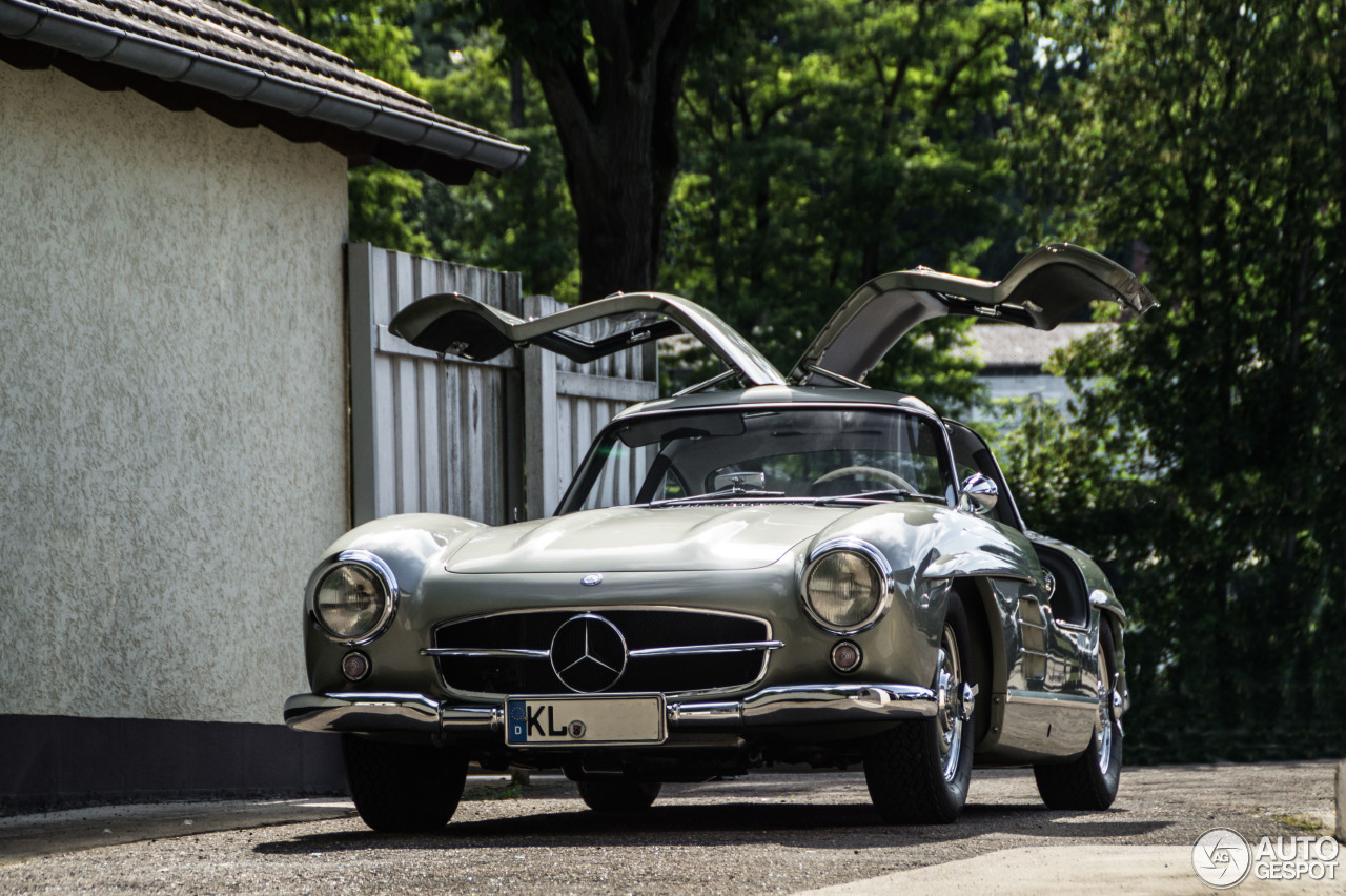 mercedes benz 300sl gullwing 25 juni 2016 autogespot. Black Bedroom Furniture Sets. Home Design Ideas