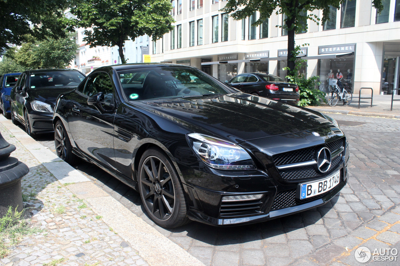 mercedes benz slk 55 amg r172 25 june 2016 autogespot. Black Bedroom Furniture Sets. Home Design Ideas
