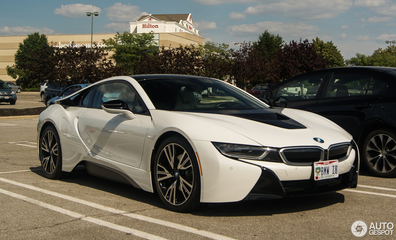 BMW i8 28 June 2016 Autogespot