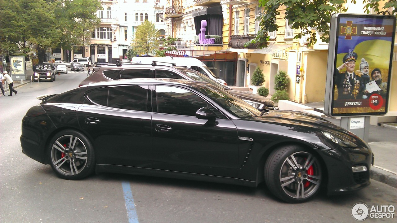 porsche panamera gts 29 juin 2016 autogespot. Black Bedroom Furniture Sets. Home Design Ideas