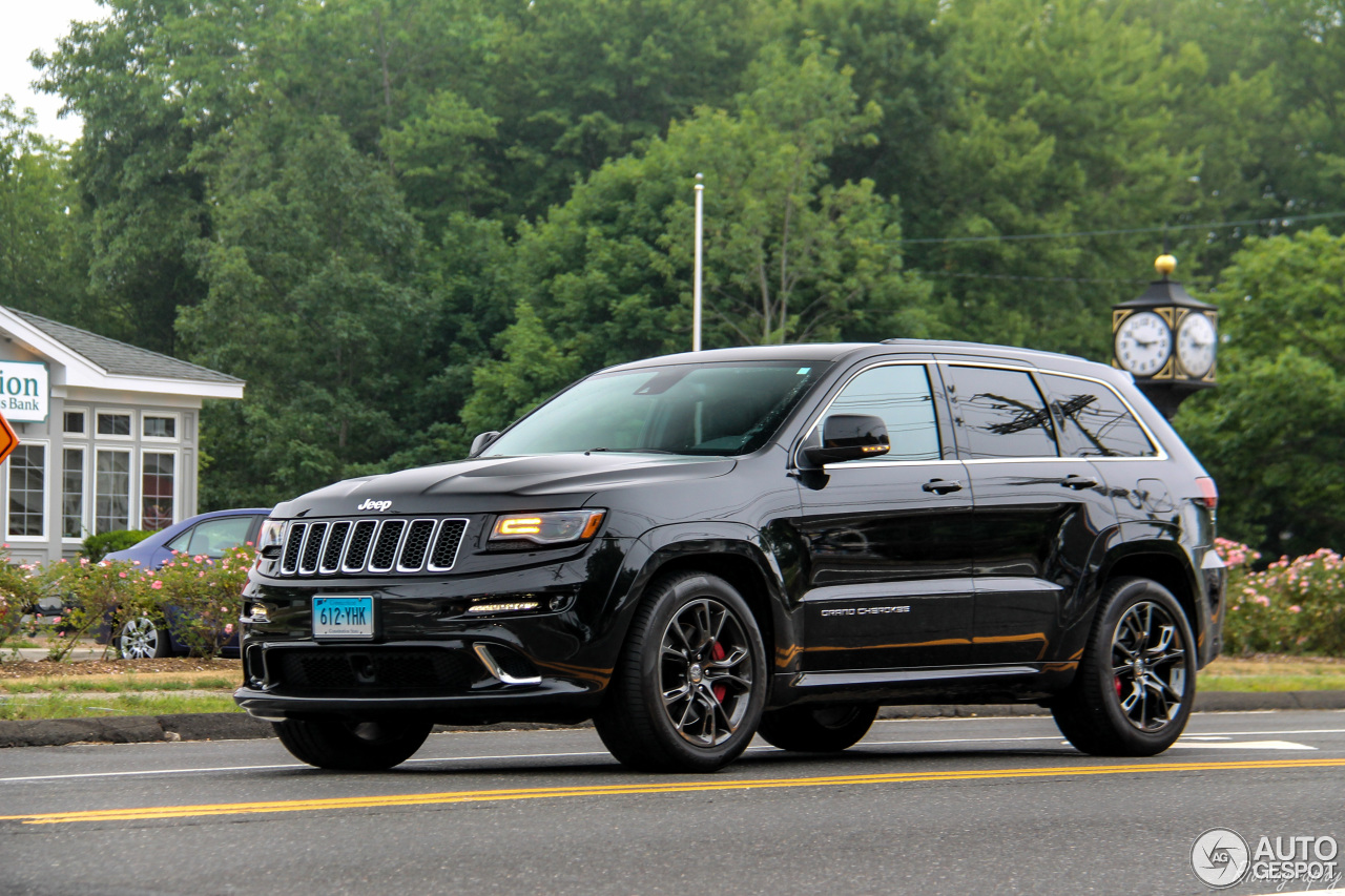 Jeep Cherokee White And Black >> Jeep Grand Cherokee SRT-8 2013 - 1 July 2016 - Autogespot