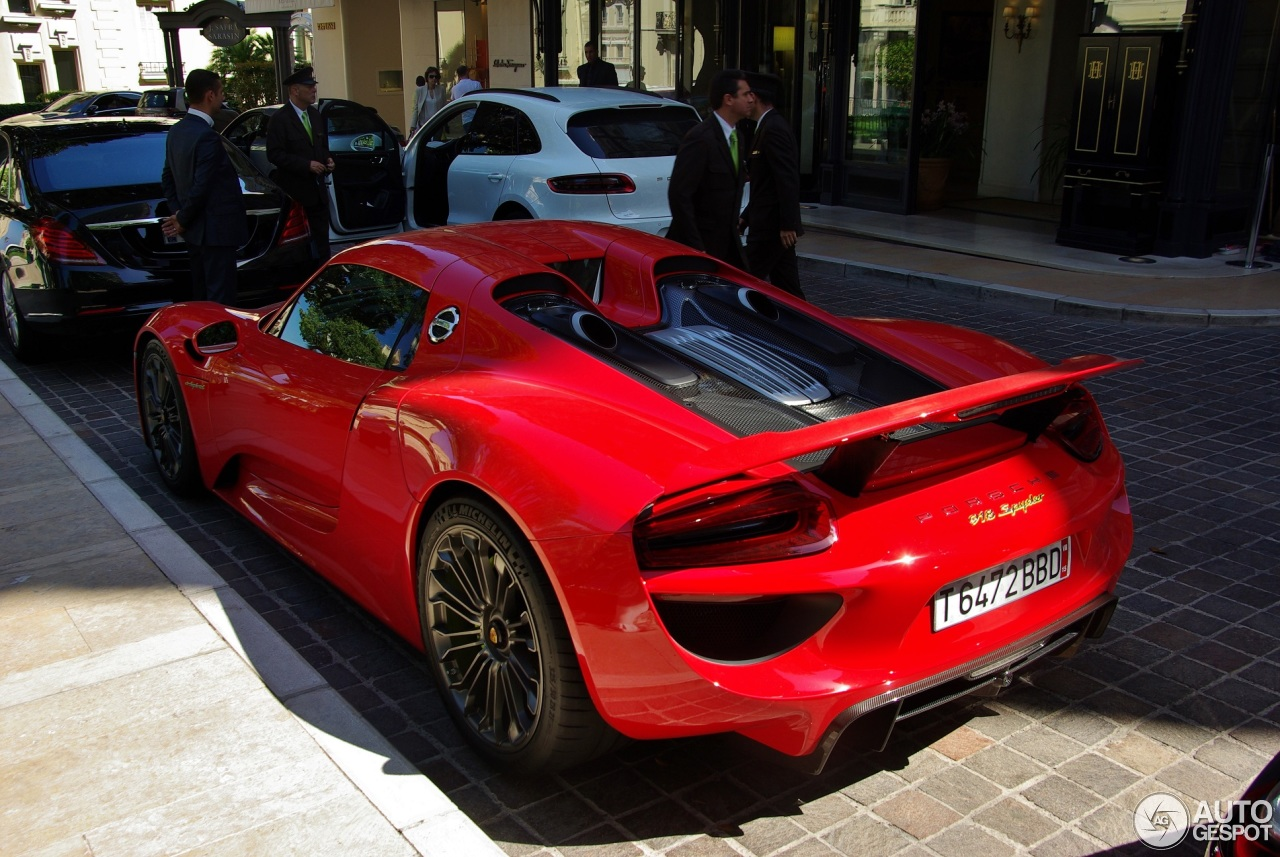porsche 918 spyder 2 july 2016 autogespot. Black Bedroom Furniture Sets. Home Design Ideas