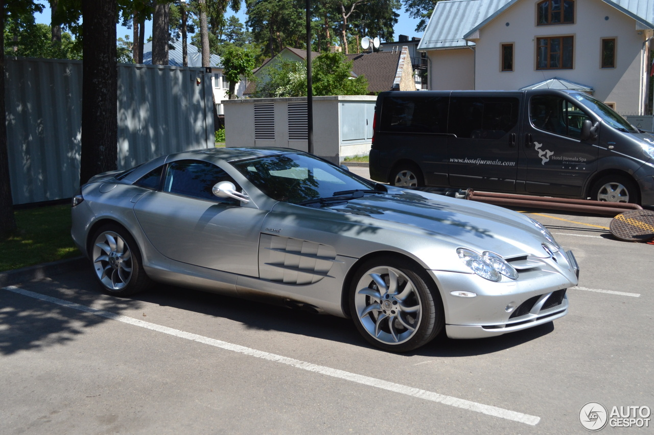 Mercedes benz slr mclaren 5 july 2016 autogespot for Mercedes benz 07