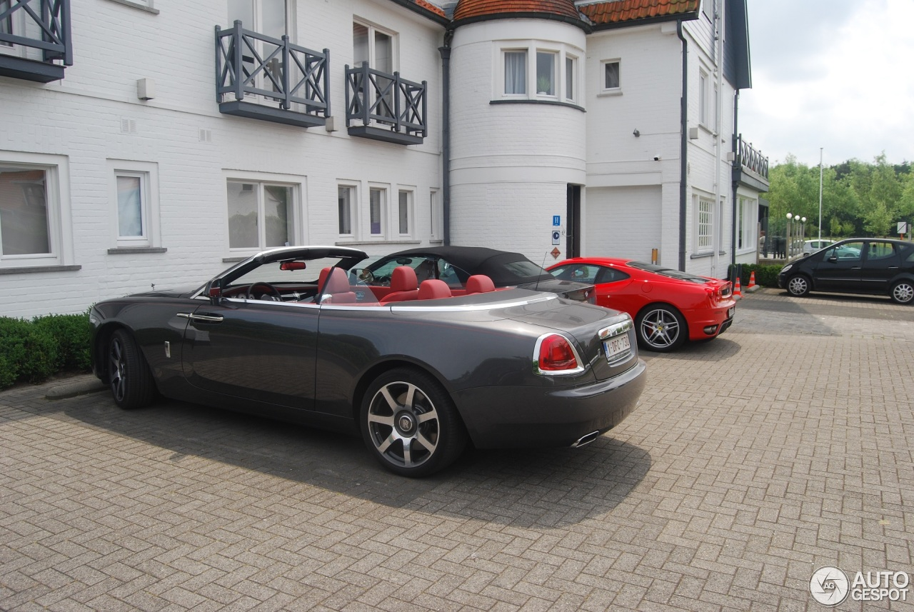 rolls royce dawn 5 juillet 2016 autogespot. Black Bedroom Furniture Sets. Home Design Ideas