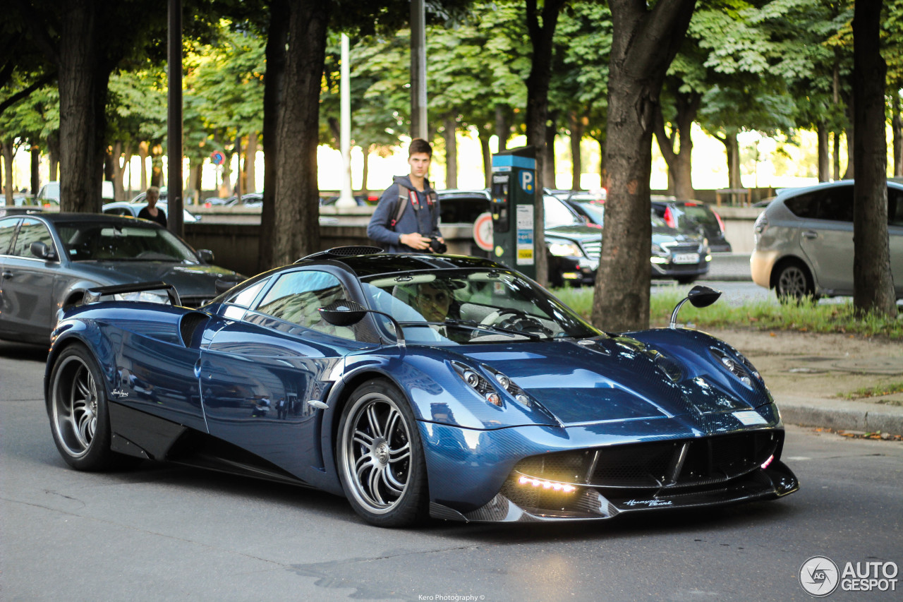 pagani huayra pearl 7 july 2016 autogespot. Black Bedroom Furniture Sets. Home Design Ideas