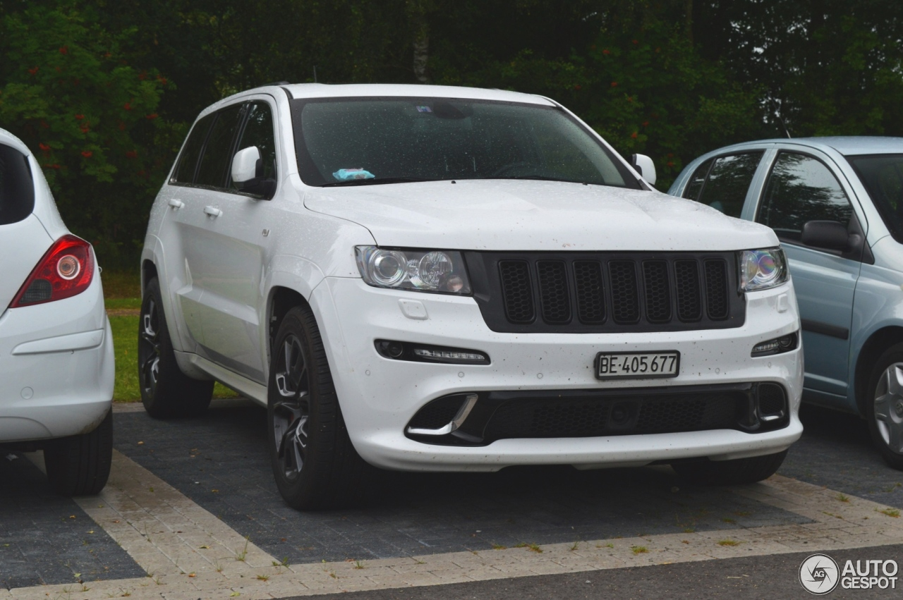 jeep grand cherokee srt 8 limited edition 9 july 2016 autogespot. Black Bedroom Furniture Sets. Home Design Ideas