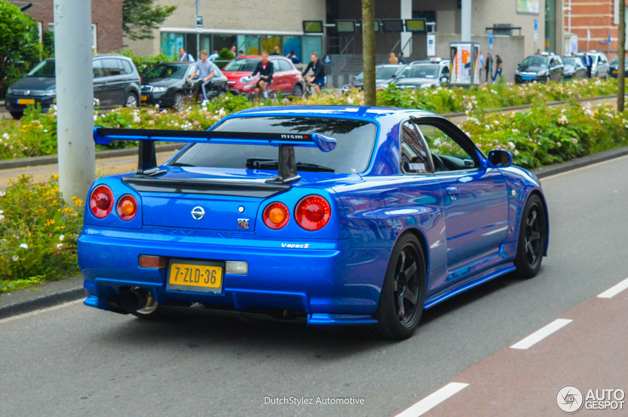 nissan skyline r34 gt r v spec ii 9 july 2016 autogespot. Black Bedroom Furniture Sets. Home Design Ideas