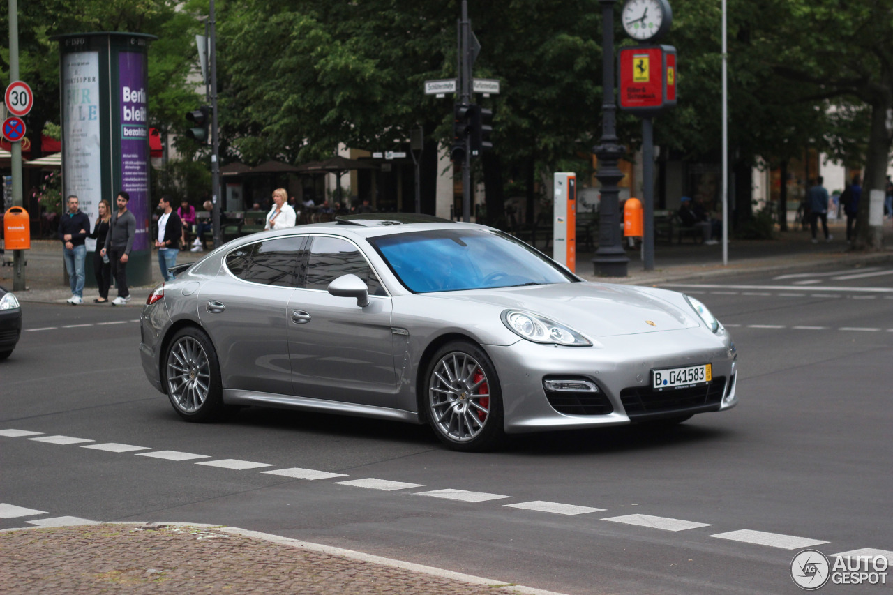 Porsche Panamera Turbo 9 July 2016 Autogespot