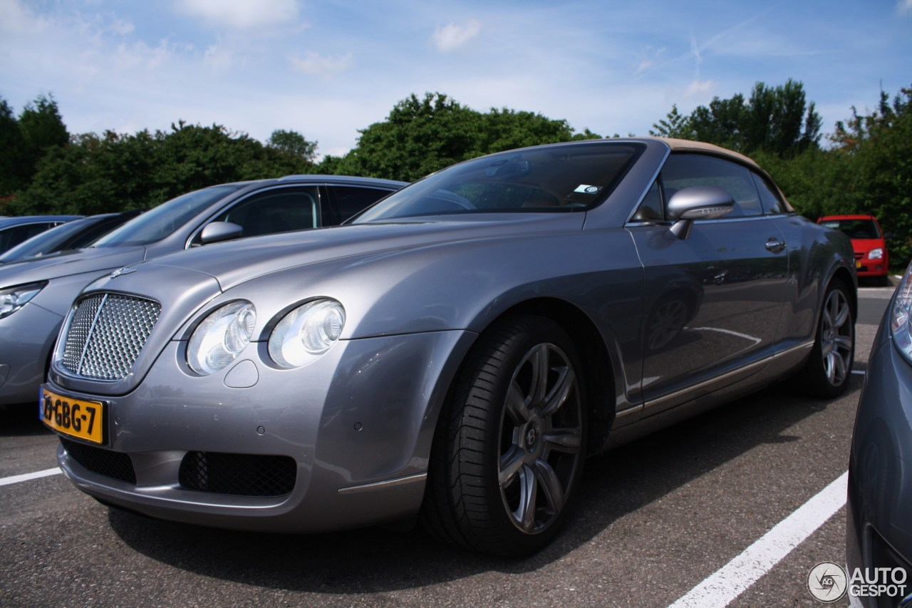 bentley continental gtc 10 july 2016 autogespot. Cars Review. Best American Auto & Cars Review