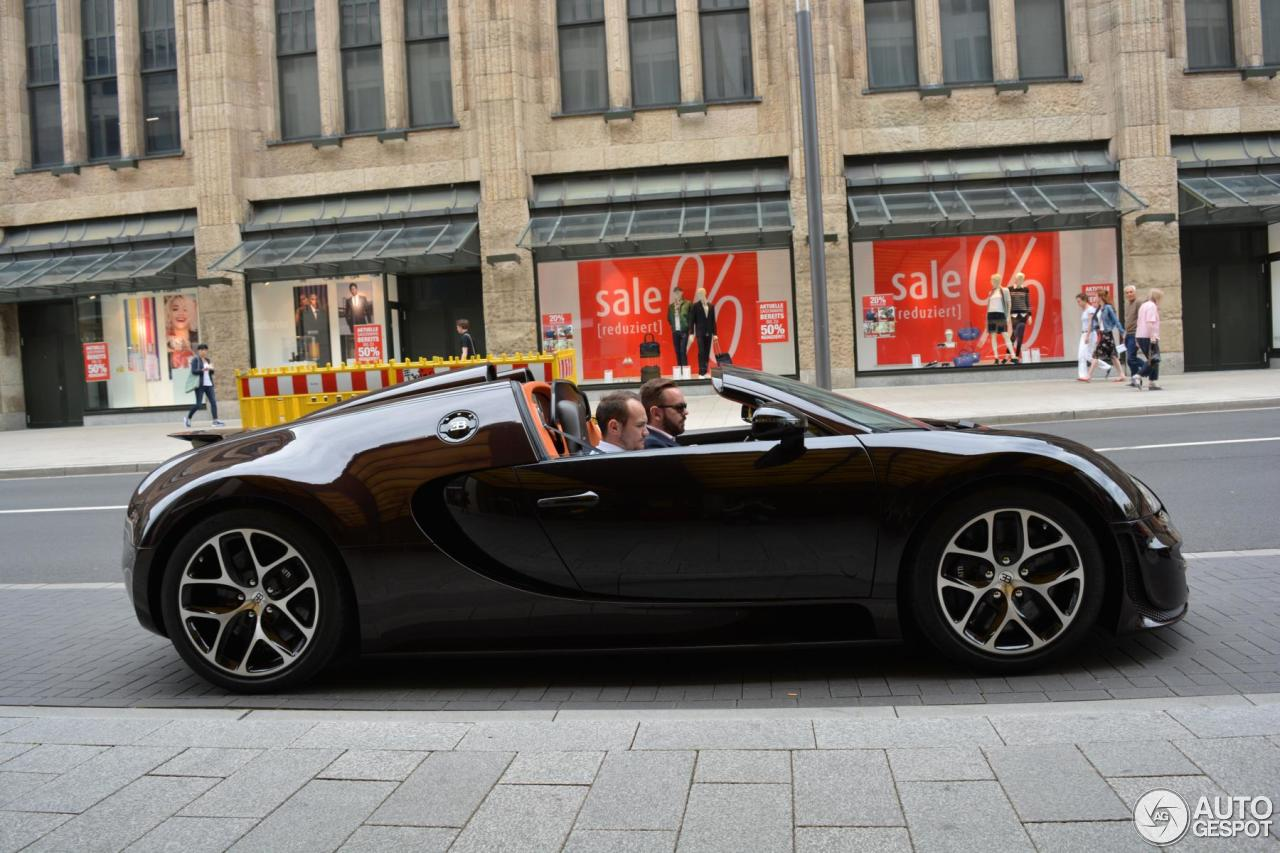 bugatti veyron grand sport vitesse for sale uk bugatti veyron grand sport vitesse for sale. Black Bedroom Furniture Sets. Home Design Ideas