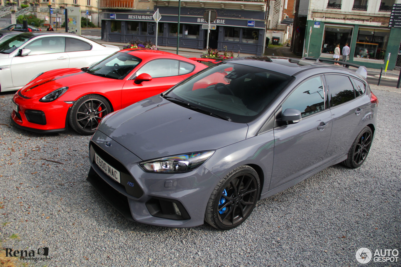 ford focus rs 2015 11 july 2016 autogespot. Black Bedroom Furniture Sets. Home Design Ideas
