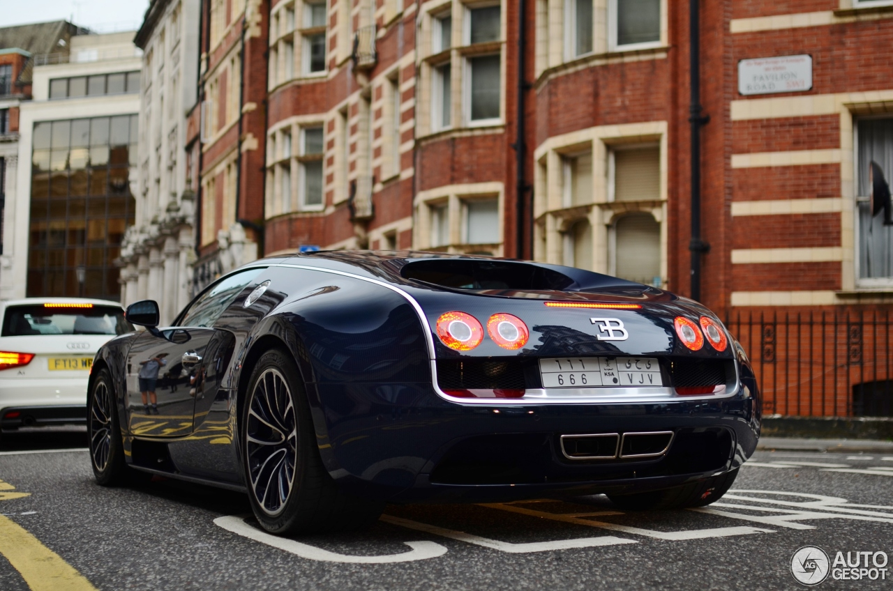 bugatti veyron 16 4 super sport 14 july 2016 autogespot. Cars Review. Best American Auto & Cars Review