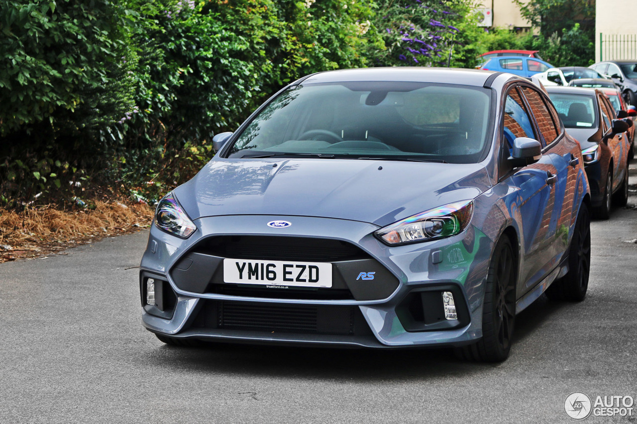 ford focus rs 2015 16 july 2016 autogespot. Black Bedroom Furniture Sets. Home Design Ideas