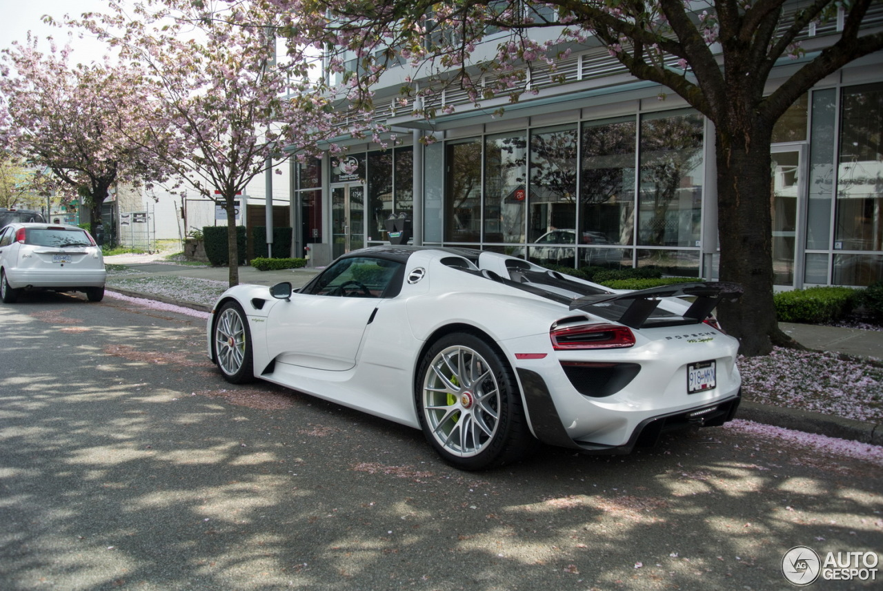 porsche 918 spyder weissach package 17 july 2016 autogespot. Black Bedroom Furniture Sets. Home Design Ideas