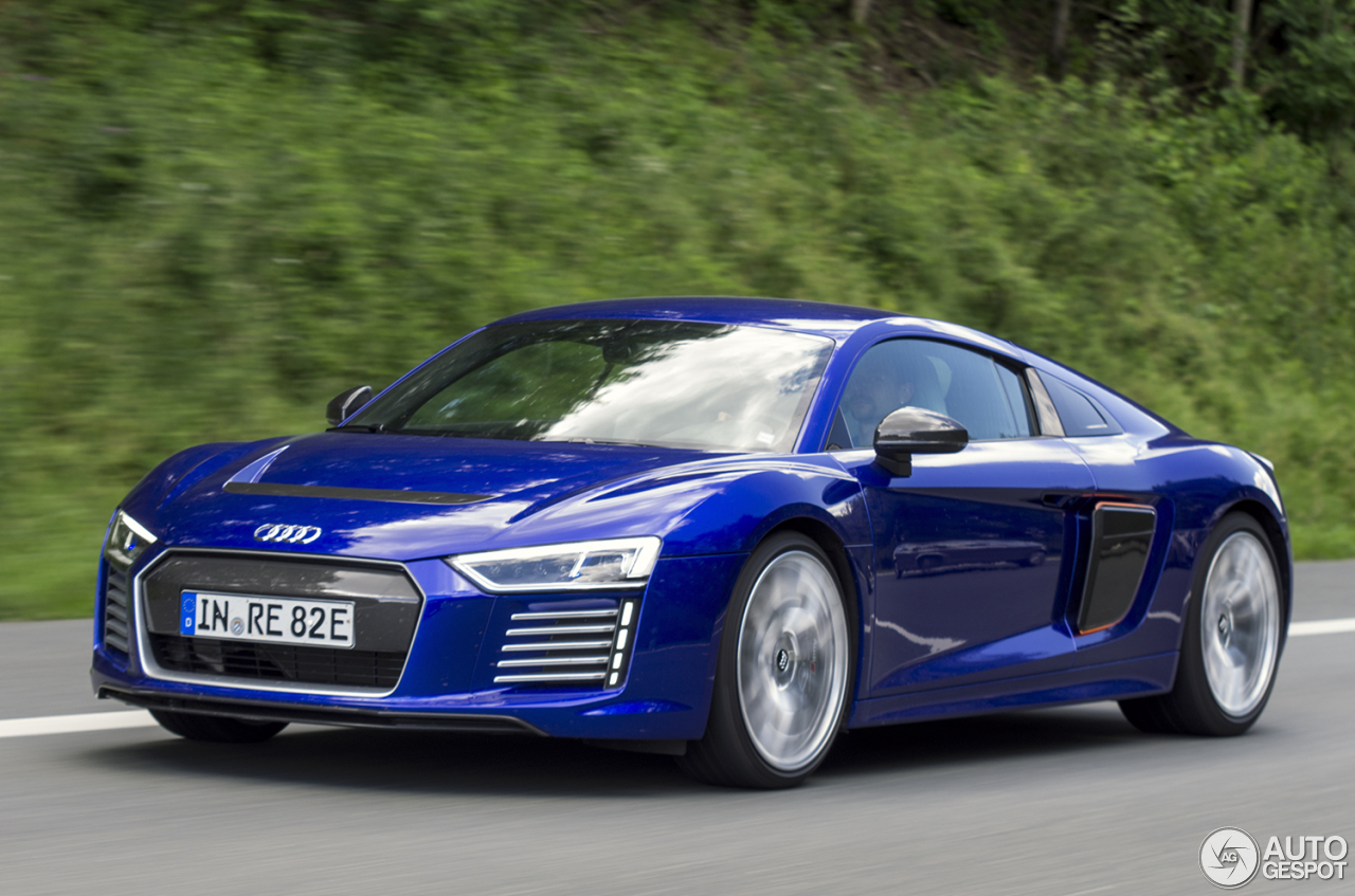 audi r8 e tron 2016 18 july 2016 autogespot. Black Bedroom Furniture Sets. Home Design Ideas