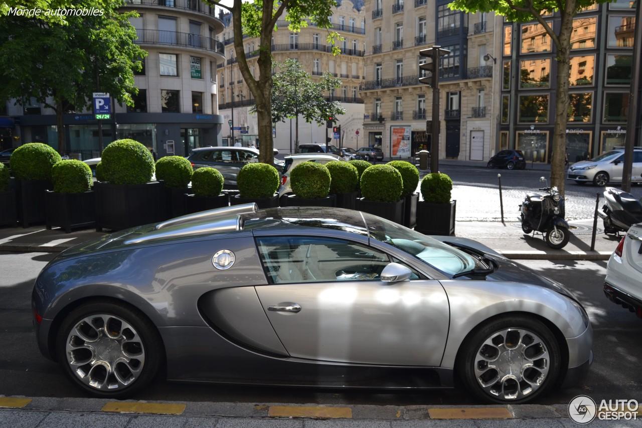 bugatti veyron 16 4 grand sport 18 july 2016 autogespot. Black Bedroom Furniture Sets. Home Design Ideas