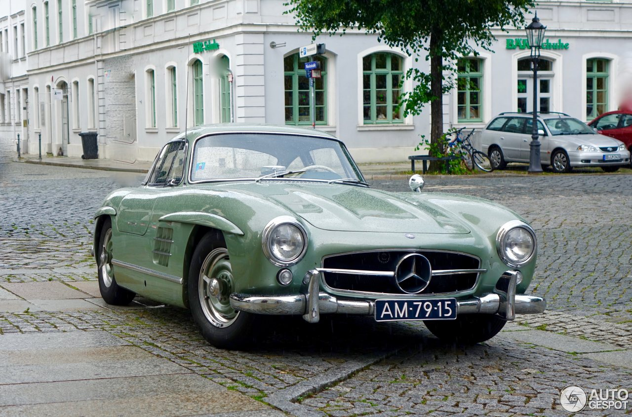 Mercedes Gullwing Price