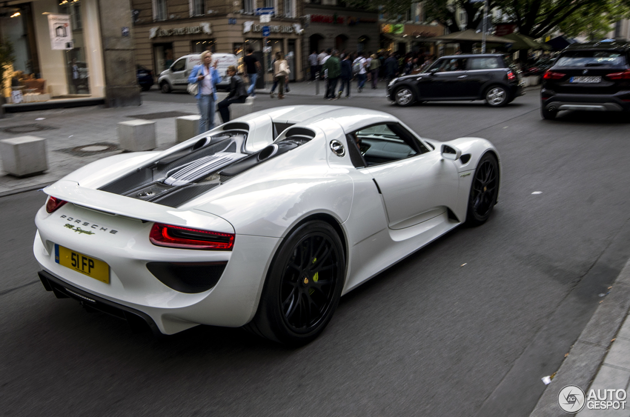 porsche 918 spyder 18 july 2016 autogespot. Black Bedroom Furniture Sets. Home Design Ideas