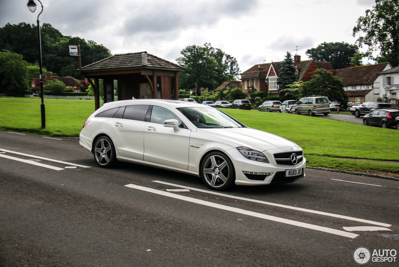 mercedes benz cls 63 amg x218 shooting brake 20 july 2016 autogespot. Black Bedroom Furniture Sets. Home Design Ideas