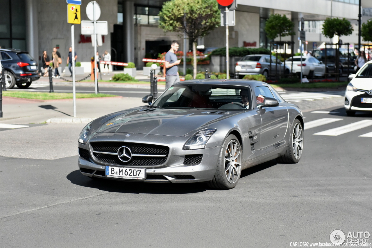 mercedes benz sls amg gt 20 july 2016 autogespot. Black Bedroom Furniture Sets. Home Design Ideas