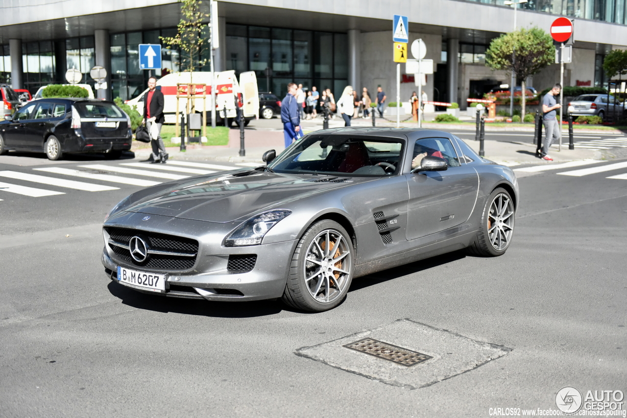 mercedes benz sls amg gt 20 lipiec 2016 autogespot. Black Bedroom Furniture Sets. Home Design Ideas