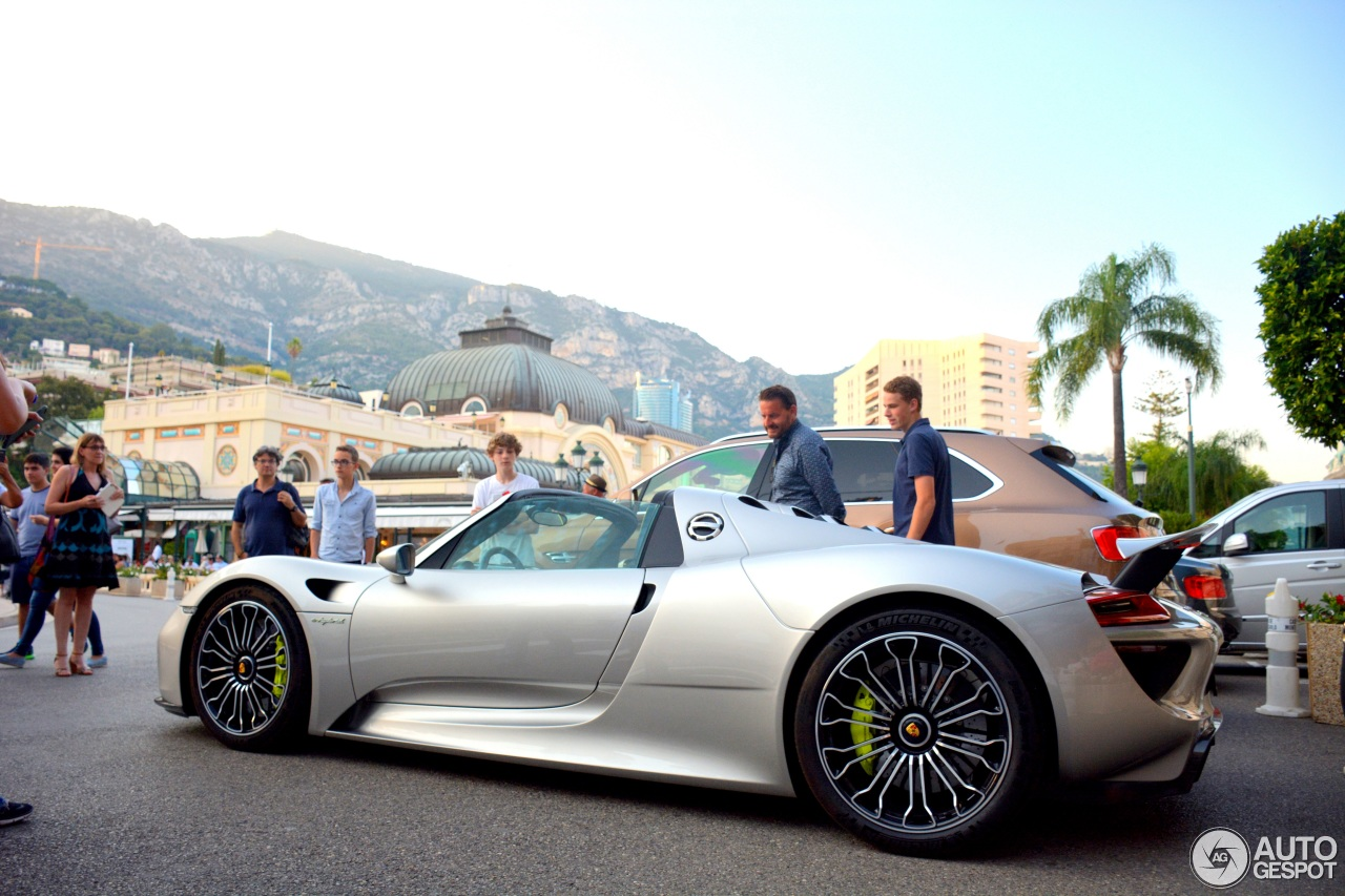porsche 918 spyder 21 july 2016 autogespot. Black Bedroom Furniture Sets. Home Design Ideas