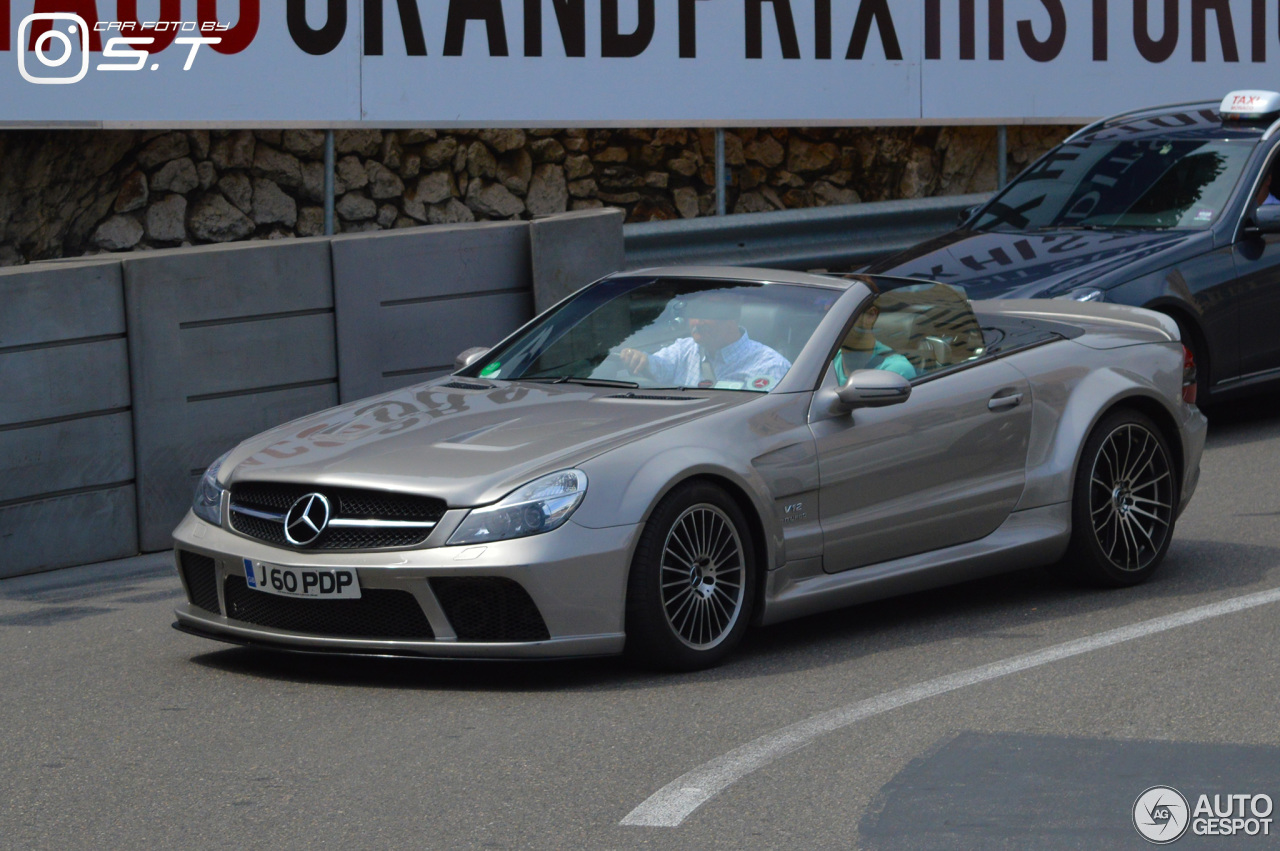 Mercedes benz sl 55 amg r230 22 january 2016 autogespot for Mercedes benz sl55 amg