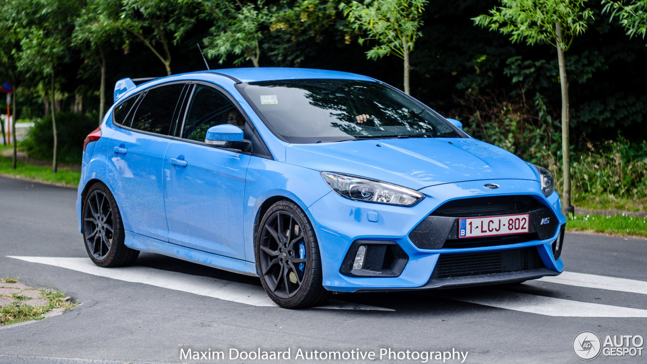 ford focus rs 2015 23 july 2016 autogespot. Black Bedroom Furniture Sets. Home Design Ideas