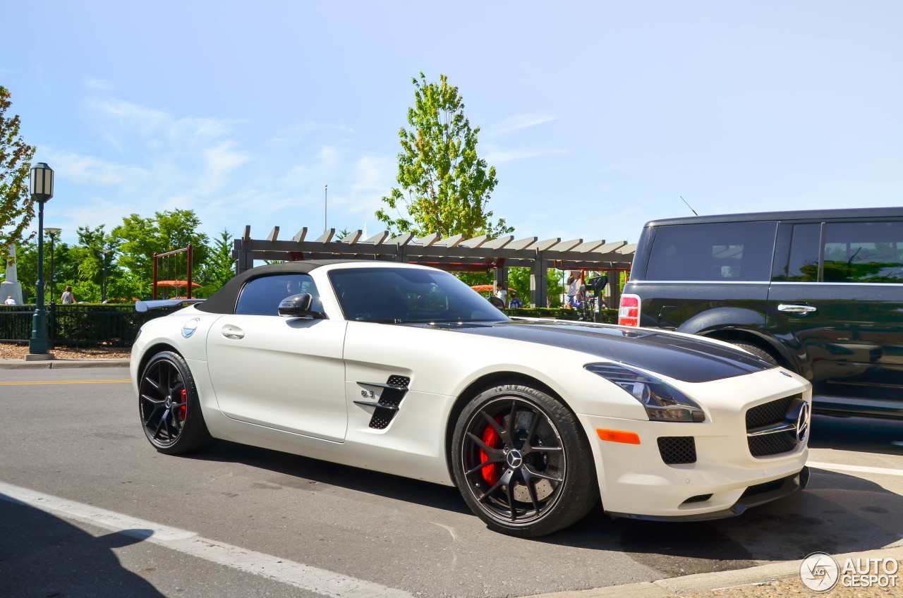Mercedes benz sls amg gt roadster wallpaper for Mercedes benz sls amg convertible for sale