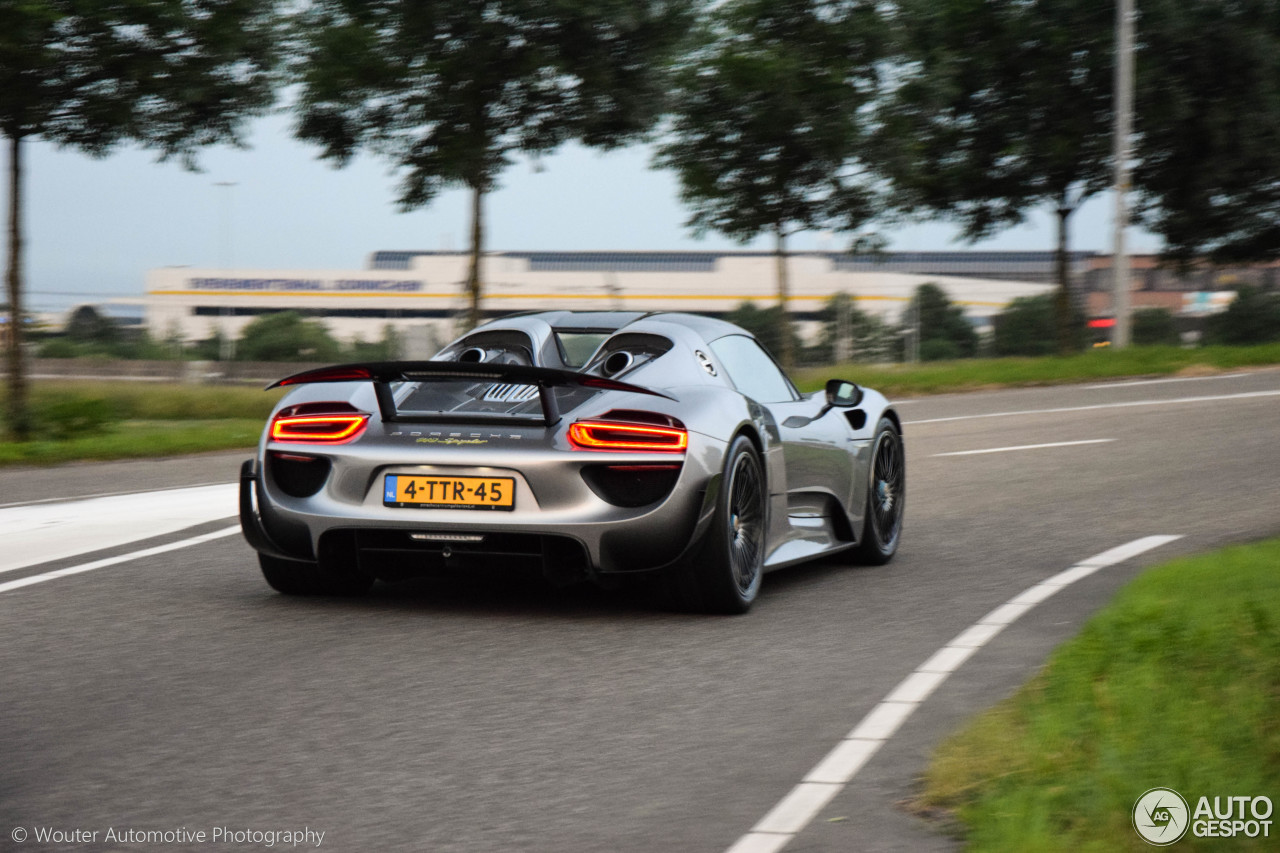 porsche 918 spyder weissach package 24 july 2016 autogespot. Black Bedroom Furniture Sets. Home Design Ideas