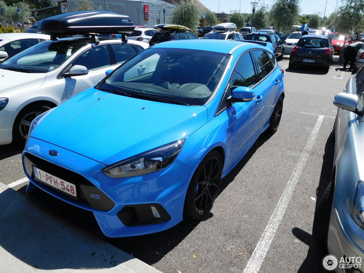 ford focus rs 2015 29 juillet 2016 autogespot. Black Bedroom Furniture Sets. Home Design Ideas