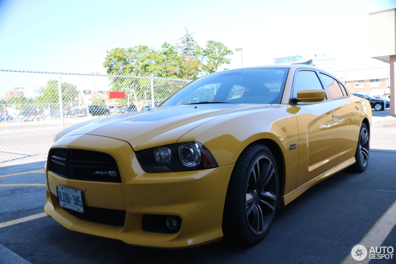 dodge charger srt 8 super bee 2012 30 july 2016 autogespot. Cars Review. Best American Auto & Cars Review
